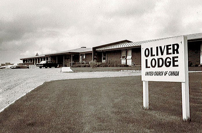 1962: Oliver Lodge opened a new 54-bed facility on our present Faulkner Crescent location.